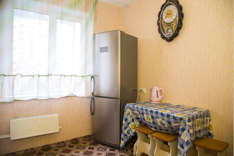 1-комн. квартира, 38 кв.м. на 2 человека, улица Алексеева, 99, Красноярск - Фотография 4
