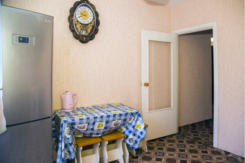 1-комн. квартира, 38 кв.м. на 2 человека, улица Алексеева, 99, Красноярск - Фотография 5