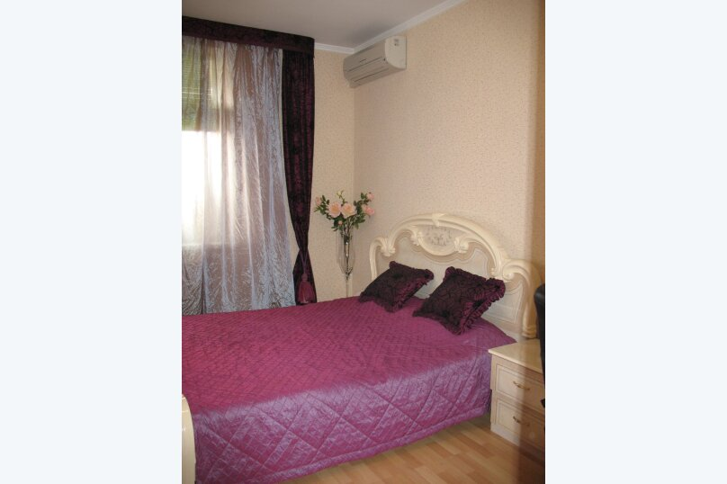 1-комн. квартира, 52 кв.м. на 4 человека, улица Дёмышева, 125А, Евпатория - Фотография 1