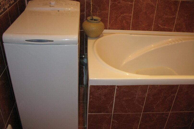 1-комн. квартира, 52 кв.м. на 4 человека, улица Дёмышева, 125А, Евпатория - Фотография 2