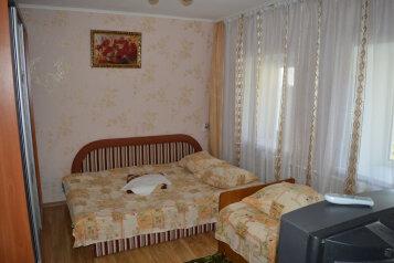 Дом отдельный,выход на детский пляж, 45 кв.м. на 6 человек, 2 спальни, Боенский переулок, Динамо, Феодосия - Фотография 2