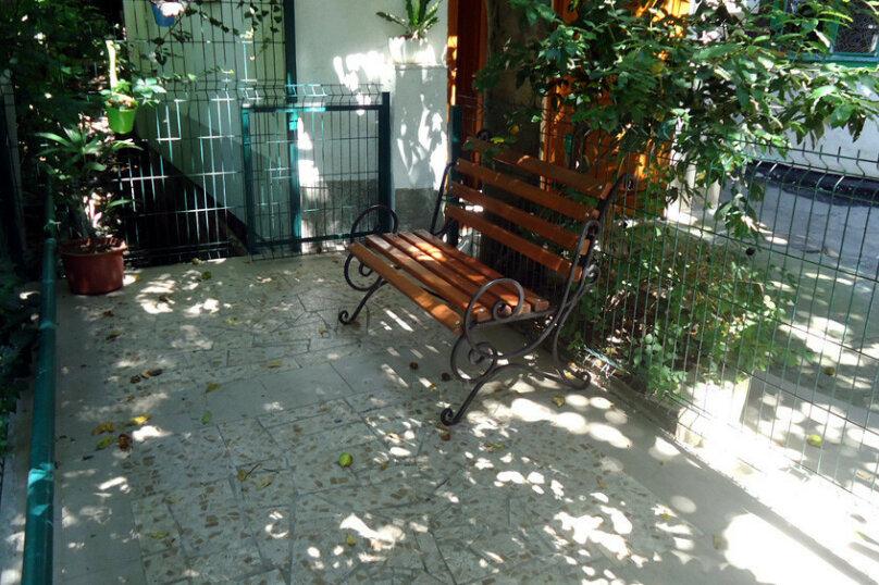Номер-эконом, улица Дмитриева, 8, Ялта - Фотография 12