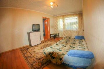 2-комн. квартира, 70 кв.м. на 3 человека, Октябрьский проспект, Центральный район, Кемерово - Фотография 2