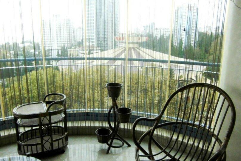 3-комн. квартира, 150 кв.м. на 6 человек, проспект Пушкина, 6, Сочи - Фотография 13