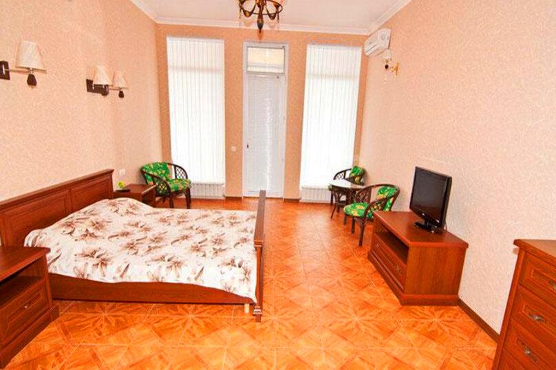 Эллинг в Феодосии двухкомнатный люкс на 4 человека, Черноморская набережная , 38 Е, Феодосия - Фотография 5