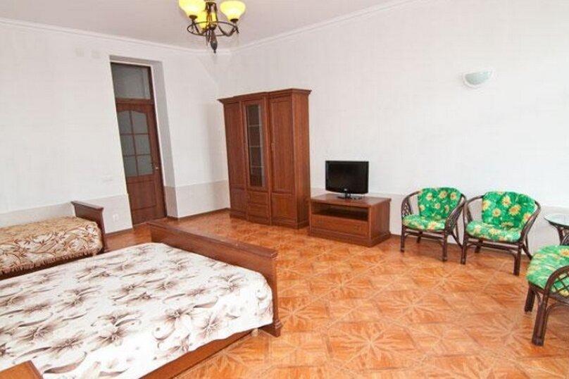 Эллинг в Феодосии двухкомнатный люкс на 4 человека, Черноморская набережная , 38 Е, Феодосия - Фотография 6
