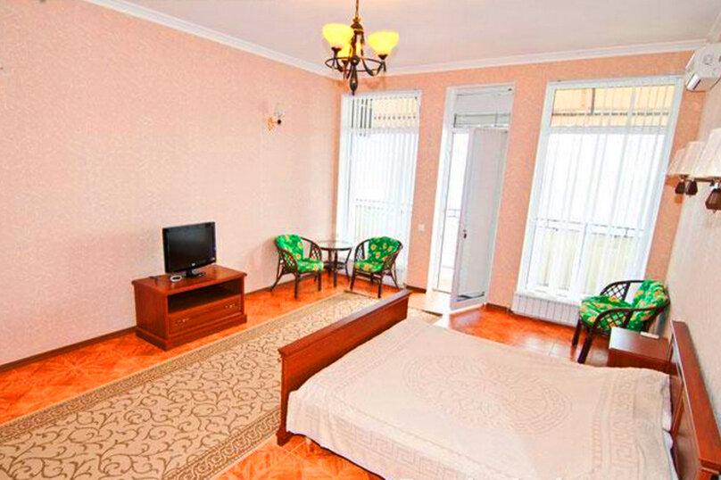 Эллинг в Феодосии двухкомнатный люкс на 4 человека, Черноморская набережная , 38 Е, Феодосия - Фотография 10