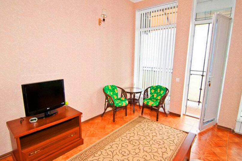 Эллинг в Феодосии двухкомнатный люкс на 4 человека, Черноморская набережная , 38 Е, Феодосия - Фотография 12