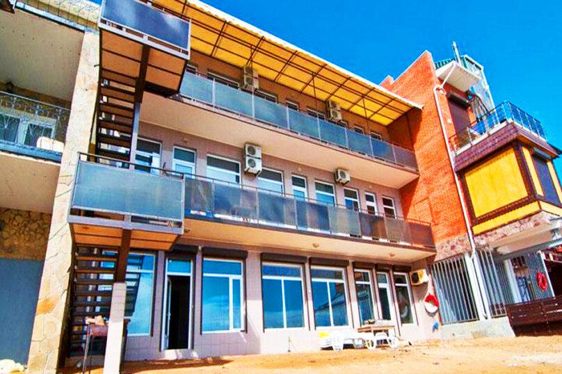 Эллинг в Феодосии двухкомнатный люкс на 4 человека, Черноморская набережная , 38 Е, Феодосия - Фотография 2
