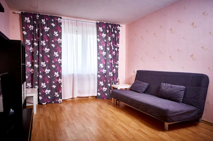 2-комн. квартира, 55 кв.м. на 4 человека, улица Болдина, 12А, Калуга - Фотография 10