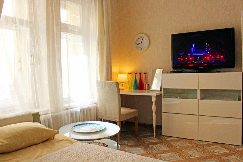 1-комн. квартира, 18 кв.м. на 2 человека, Малая Садовая улица, 1, метро Гостиный Двор, Санкт-Петербург - Фотография 2