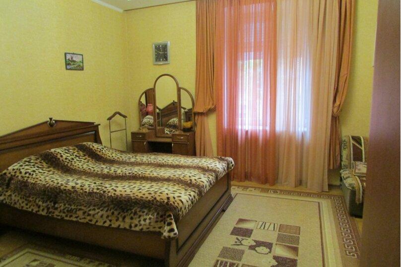 1-комн. квартира, 37 кв.м. на 3 человека, улица Ленина, 33, Севастополь - Фотография 2