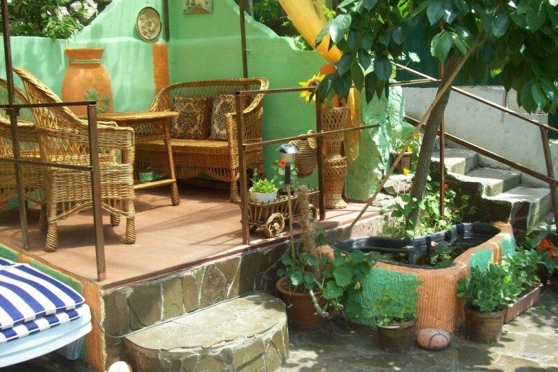 Домик с отдельным двориком, 40 кв.м. на 4 человека, 1 спальня, Артековская улица, 9, Гурзуф - Фотография 1