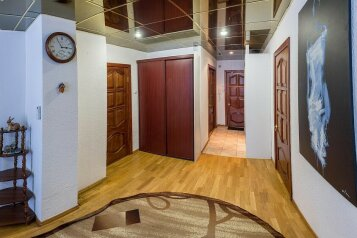 3-комн. квартира, 82 кв.м. на 4 человека, улица Карельцева, Курган - Фотография 3