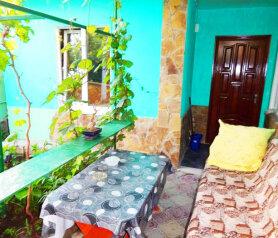 Отдельный дом со своим двором., 80 кв.м. на 8 человек, 4 спальни, улица Семашко, Динамо, Феодосия - Фотография 3