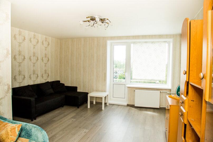 1-комн. квартира, 38 кв.м. на 4 человека, Варшавская улица, 118, Санкт-Петербург - Фотография 1