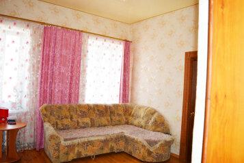 Дом  с не большим своим двориком, 55 кв.м. на 5 человек, 2 спальни, Русская улица, Динамо, Феодосия - Фотография 2
