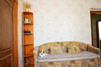 Дом  с не большим своим двориком, 55 кв.м. на 5 человек, 2 спальни, Русская улица, Динамо, Феодосия - Фотография 4