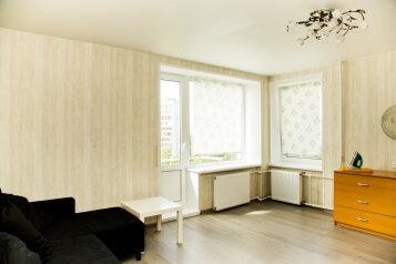 1-комн. квартира, 38 кв.м. на 4 человека, Варшавская улица, Санкт-Петербург - Фотография 2