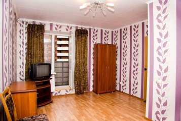 1-комн. квартира, 36 кв.м. на 4 человека, улица Турку, Фрунзенский район, Санкт-Петербург - Фотография 1