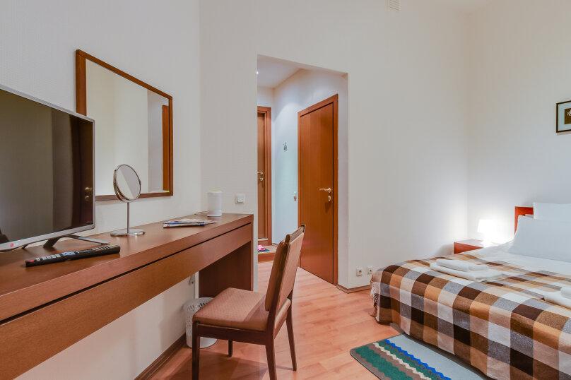 Улучшенный двухместный номер с 1 кроватью или 2 отдельными кроватями, Стремянная улица, 14, Санкт-Петербург - Фотография 2