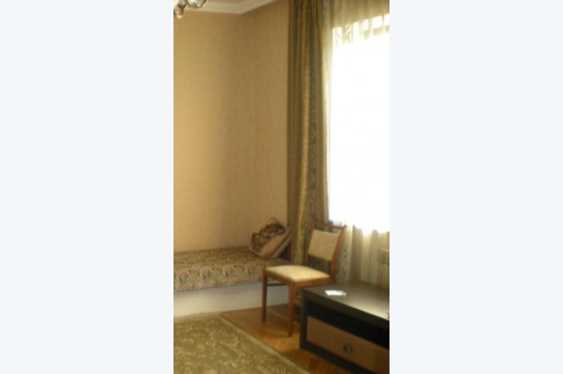 Трехкомнатный Семейный номер, улица Руданского, 8, Ялта - Фотография 4
