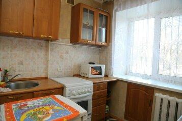1-комн. квартира, 36 кв.м. на 4 человека, улица Республики, 156, Центральный район, Тюмень - Фотография 4