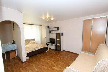 1-комн. квартира, 33 кв.м. на 4 человека, улица Ленина, Центральный район, Красноярск - Фотография 2