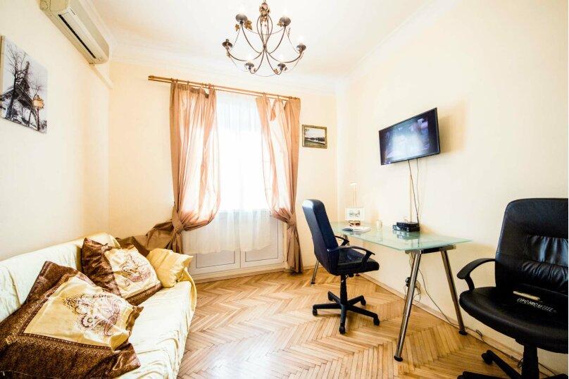 2-комн. квартира, 52 кв.м. на 6 человек, проспект Мира, 70, метро Проспект Мира, Москва - Фотография 3