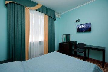 Отель, проезд 3-й Линии, 38 на 25 номеров - Фотография 3