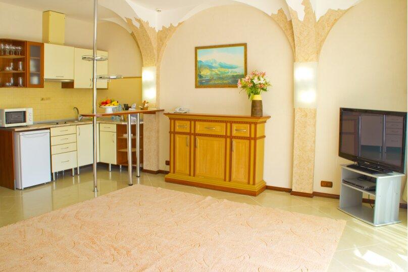 Отдельная комната, улица Лесная, 4-А, Гурзуф - Фотография 1