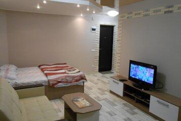 1-комн. квартира, 36 кв.м. на 4 человека, улица Рокоссовского, Центральный район, Волгоград - Фотография 1