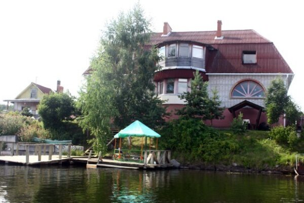 Дом, 200 кв.м. на 12 человек, 4 спальни, Шуйская Чупа, 15а, Петрозаводск - Фотография 1