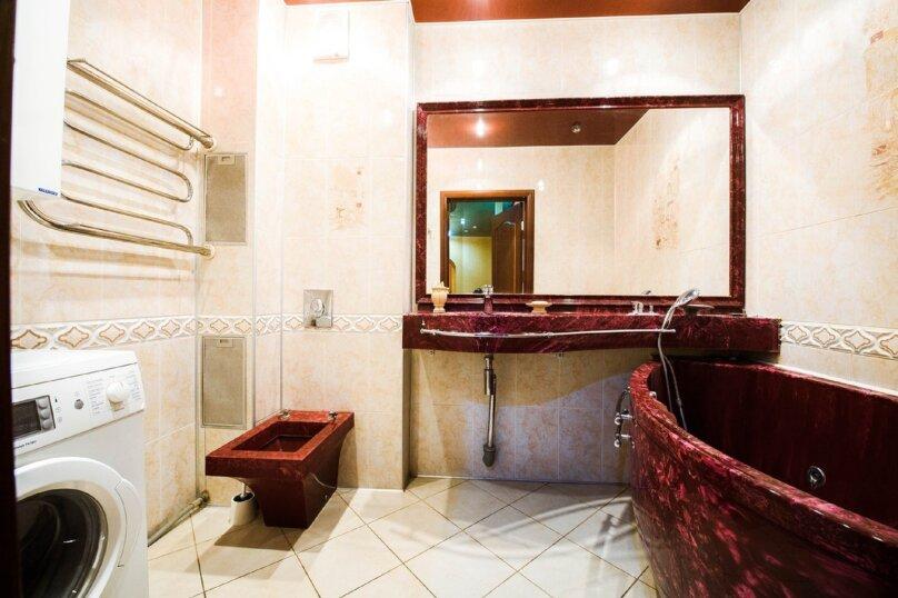 2-комн. квартира, 70 кв.м. на 4 человека, бульвар Ибрагимова, 46, Уфа - Фотография 5