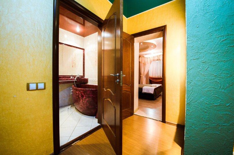 2-комн. квартира, 70 кв.м. на 4 человека, бульвар Ибрагимова, 46, Уфа - Фотография 6