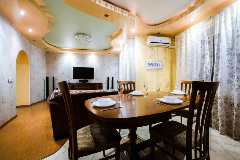 2-комн. квартира, 70 кв.м. на 4 человека, бульвар Ибрагимова, 46, Уфа - Фотография 11