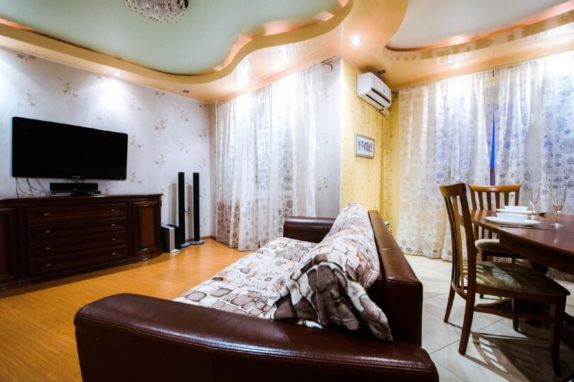 2-комн. квартира, 70 кв.м. на 4 человека, бульвар Ибрагимова, 46, Уфа - Фотография 13