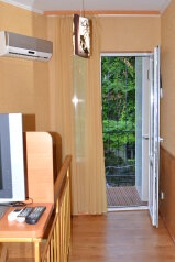 Двухуровневый коттедж у моря, 30 кв.м. на 3 человека, 1 спальня, улица Горького, Алушта - Фотография 2