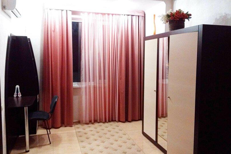 2-комн. квартира, 55 кв.м. на 4 человека, улица Чехова, 6, Ялта - Фотография 5