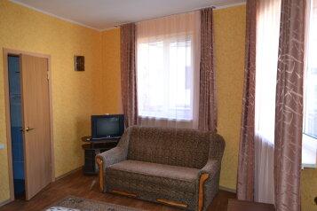 Дом у моря, 100 кв.м. на 7 человек, 2 спальни, улица Горького, Алушта - Фотография 2