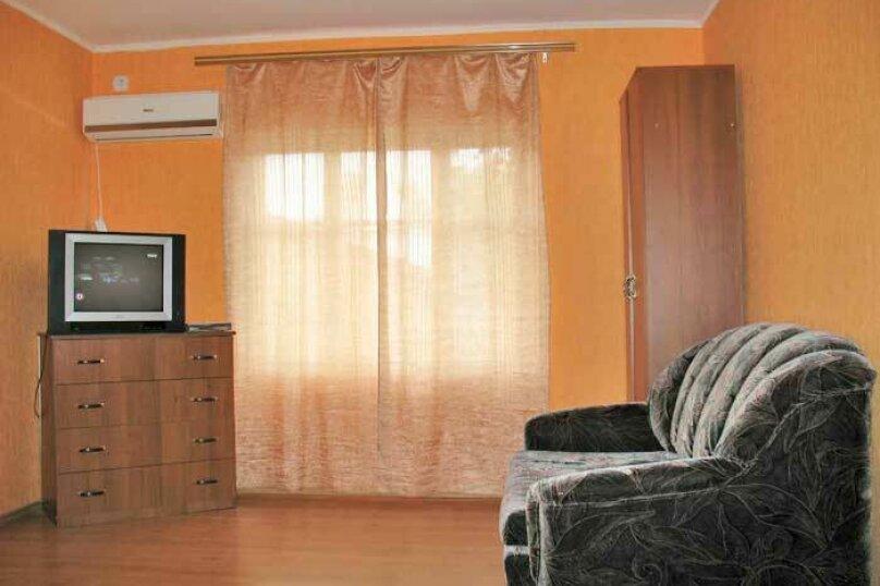 1-комн. квартира, 40 кв.м. на 4 человека, улица Пушкина, 61, Евпатория - Фотография 2