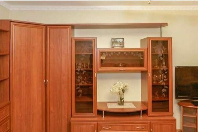 2-комн. квартира, 54 кв.м. на 2 человека, улица Марченко, 39, Челябинск - Фотография 2