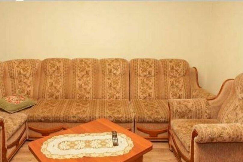 2-комн. квартира, 54 кв.м. на 2 человека, улица Марченко, 39, Челябинск - Фотография 10
