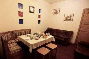 Отель, улица Ленина, 3 на 3 номера - Фотография 2