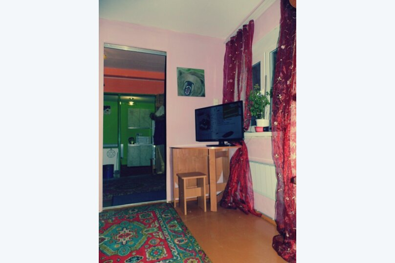 Дом, 40 кв.м. на 5 человек, 1 спальня, школьная, 2 а , Шерегеш - Фотография 5