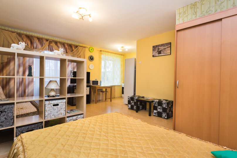 1-комн. квартира, 34 кв.м. на 4 человека, улица Попова, 25, метро Площадь 1905 года, Екатеринбург - Фотография 2