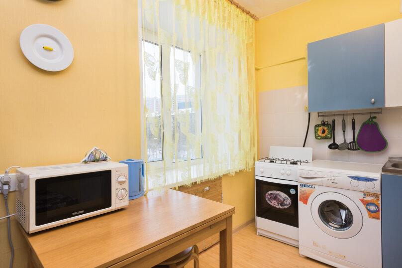 1-комн. квартира, 34 кв.м. на 4 человека, улица Попова, 25, метро Площадь 1905 года, Екатеринбург - Фотография 6
