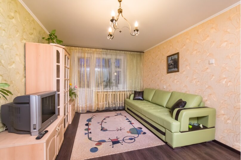 1-комн. квартира, 40 кв.м. на 2 человека, улица Академика Лаврентьева, 14А, Казань - Фотография 1