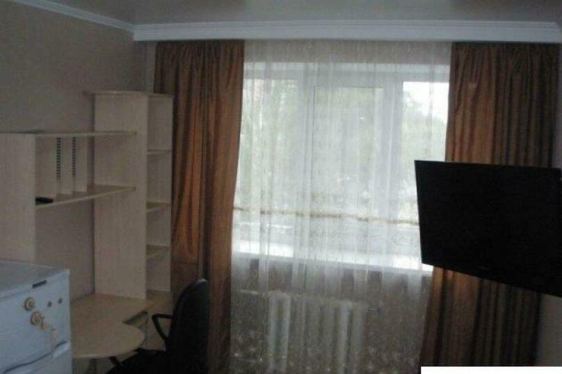 1-комн. квартира, 36 кв.м. на 3 человека, Севастопольская улица, 31, Тюмень - Фотография 1