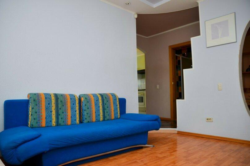 2-комн. квартира, 57 кв.м. на 4 человека, улица Цвиллинга, 34, Челябинск - Фотография 14